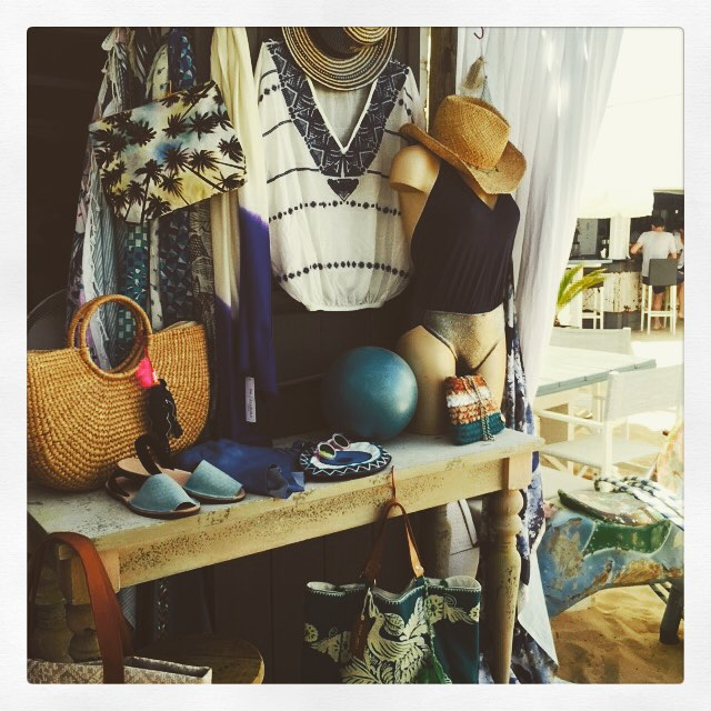 cabane-bambou-shopping-saint-tropez-4