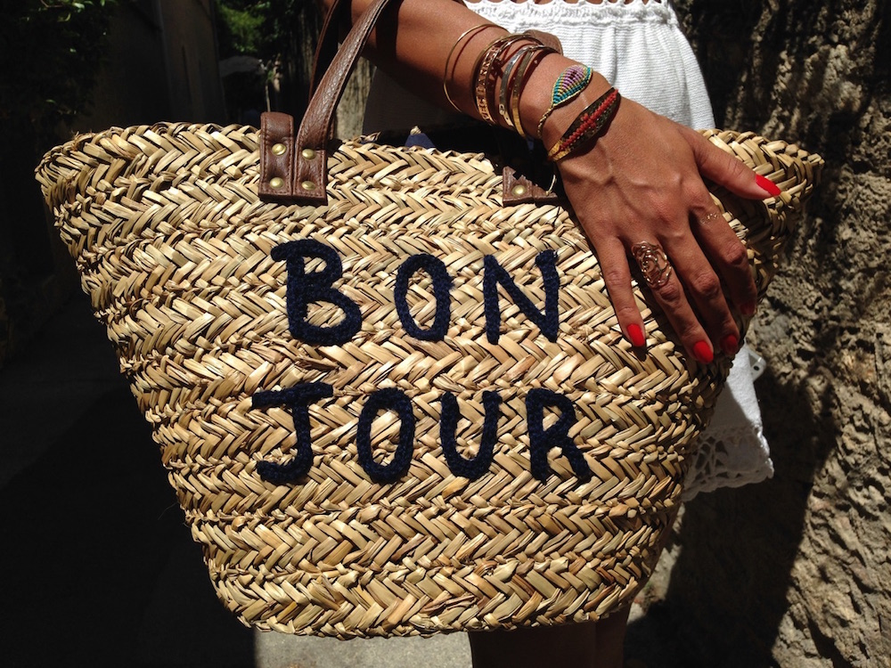 look-of-the-day-avechannah-romao-bolsa-bonjour