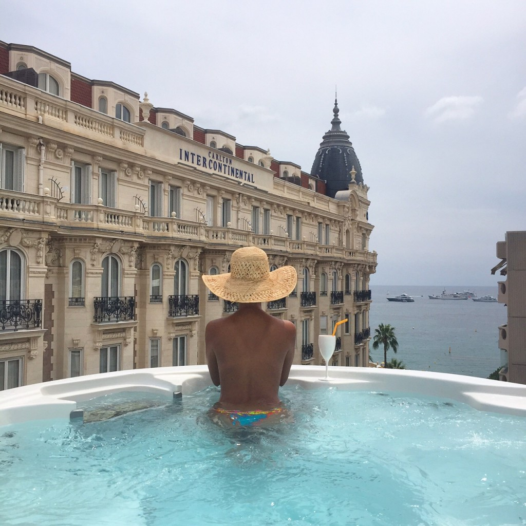 3.14-CAnnes-hotel-jacuzzi