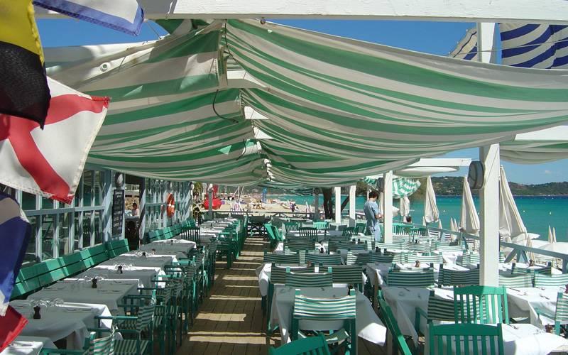 plage-de-jumeux-saint-tropez-lunch-best