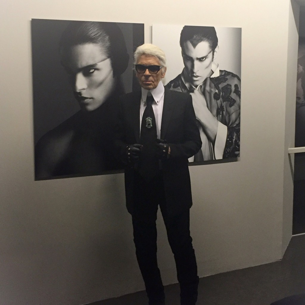 a_visual_journey_karl-lagerfeld-avec-hannah-romao-pinacotheque-madeleine-paris-vernissage-expo-10