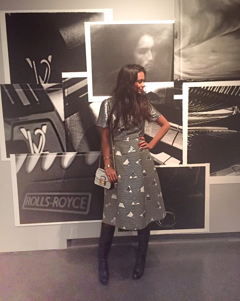 a_visual_journey_karl-lagerfeld-avec-hannah-romao-pinacotheque-madeleine-paris-vernissage-expo-9