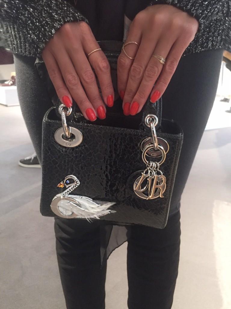 avec-hannah-romao-dior-showroom-diorever-fashionweek-paris-pfw-prefall-preco-8-lady-dior