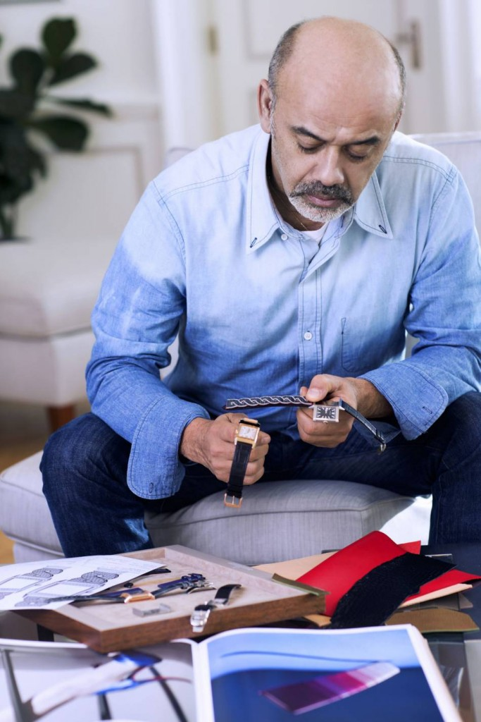 1615861-christian-louboutin-en-pleine-creation-p-950x0-1