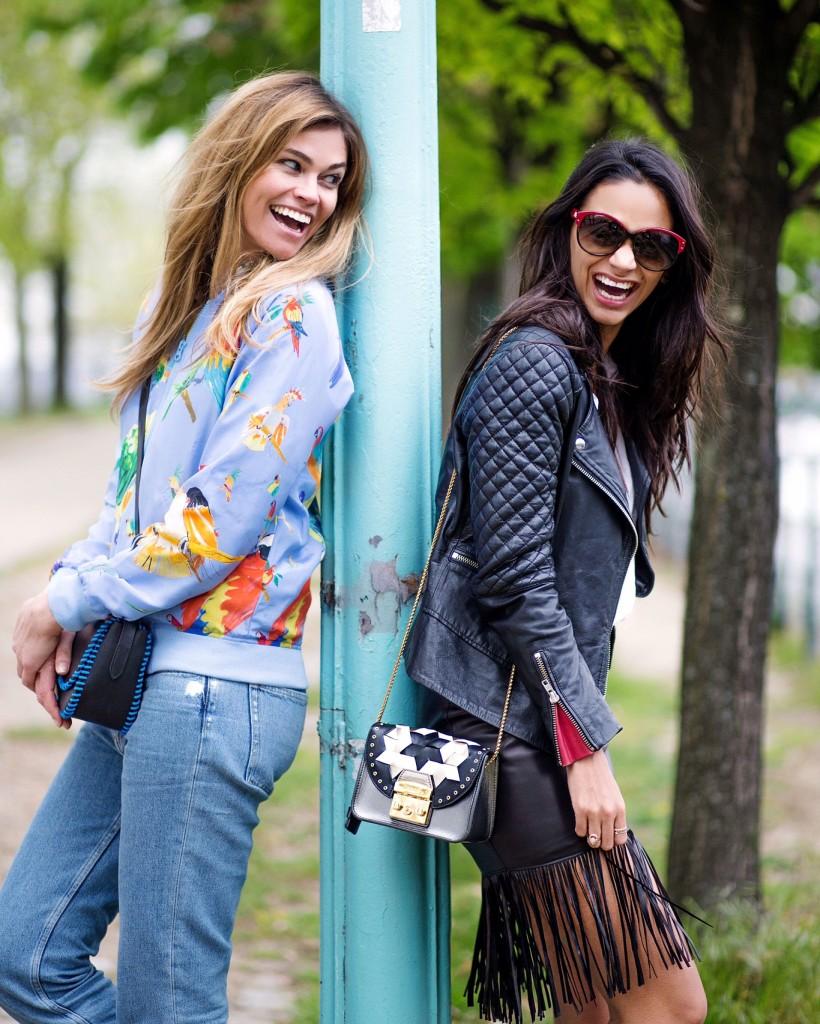 avec-hannah-fringe-skirt-paris-street-style-2