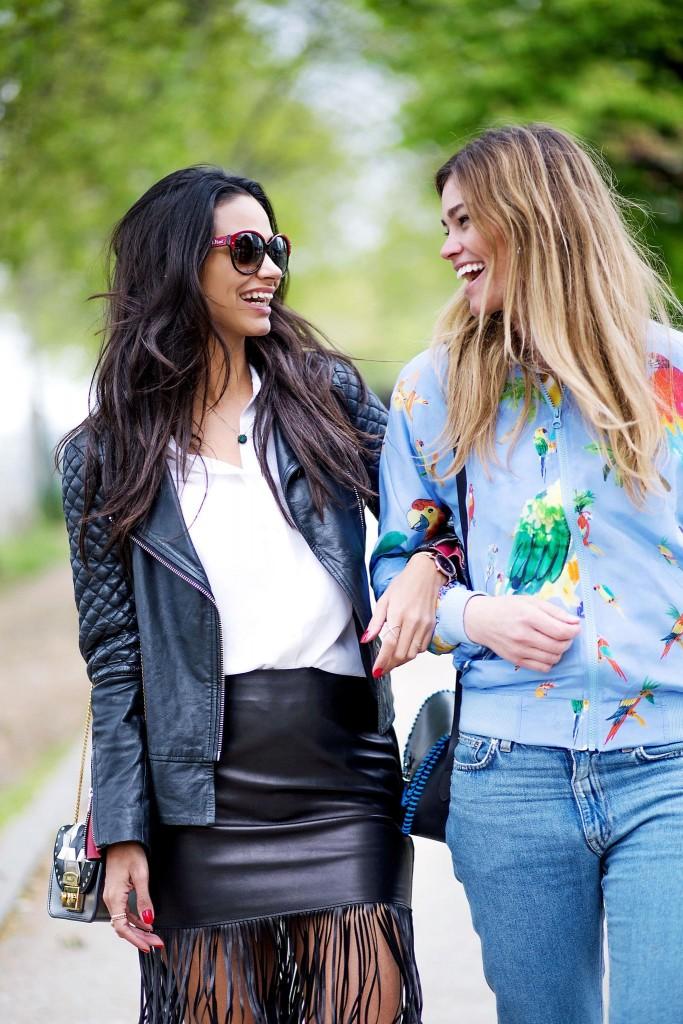 avec-hannah-fringe-skirt-paris-street-style-3
