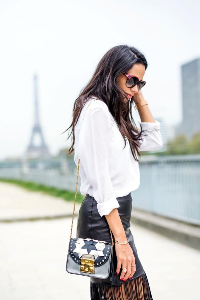 avec-hannah-fringe-skirt-paris-street-style-5