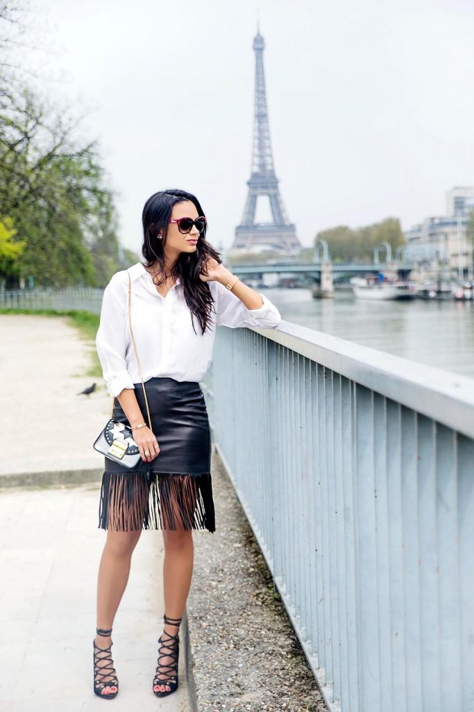 avec-hannah-fringe-skirt-paris-street-style-6
