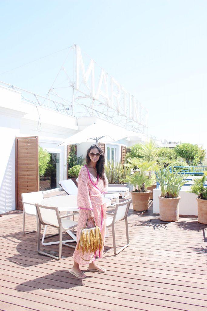 cannes-hotel-hyatt-martinez-voyage-cote-d-azur-été-hannah-rooftop-terasse