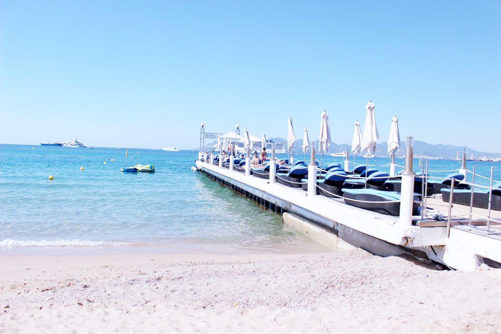 cannes-hotel-hyatt-martinez-voyage-cote-d-azur-été-plage-beach-club-zplage