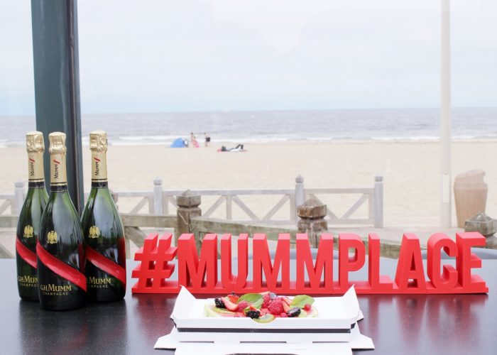 la-folie-douce-deauville-hotel-normandy-barriere-mumm-le-grand-cordon-rouge-champagne-brunch-foodaring