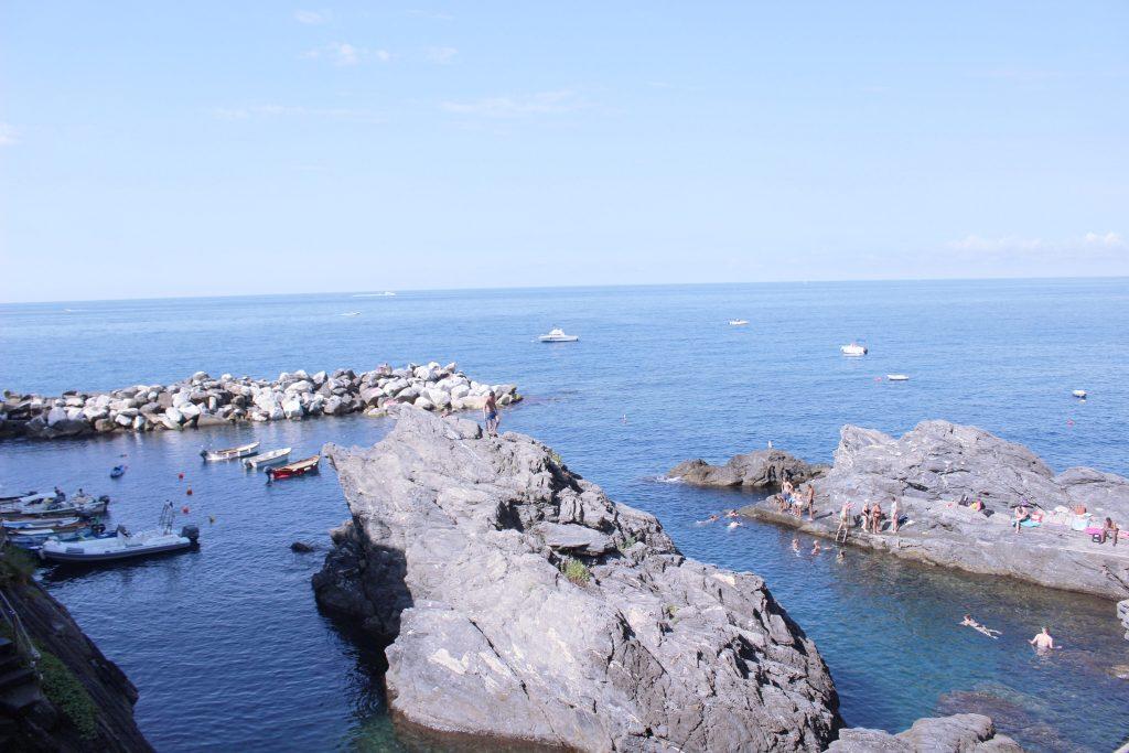 voyager-en-italie-cinque-terre-tips-voyage-manarola-port