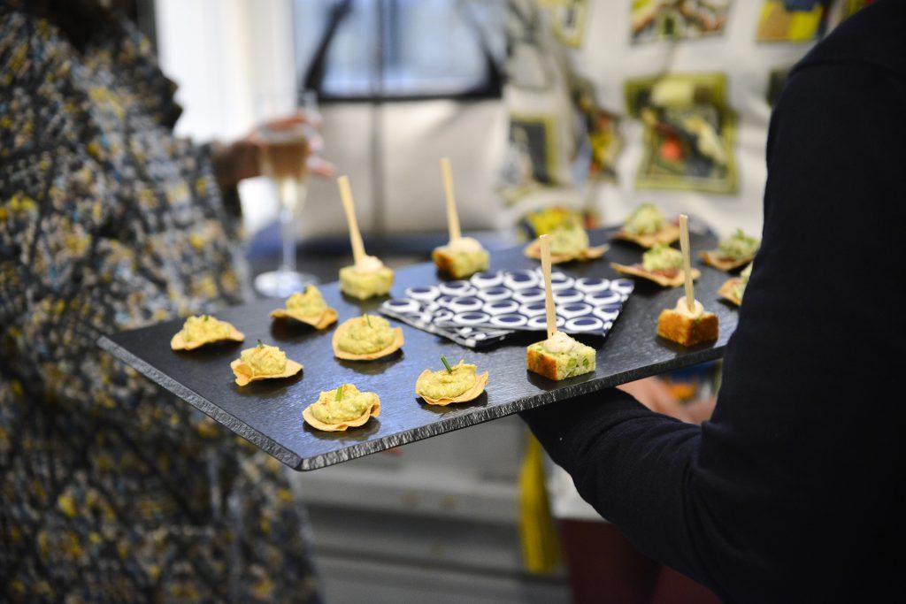 corto-moltedo-les-3-parisiennes-fiac-theo-lopez-palais-royal-buffet