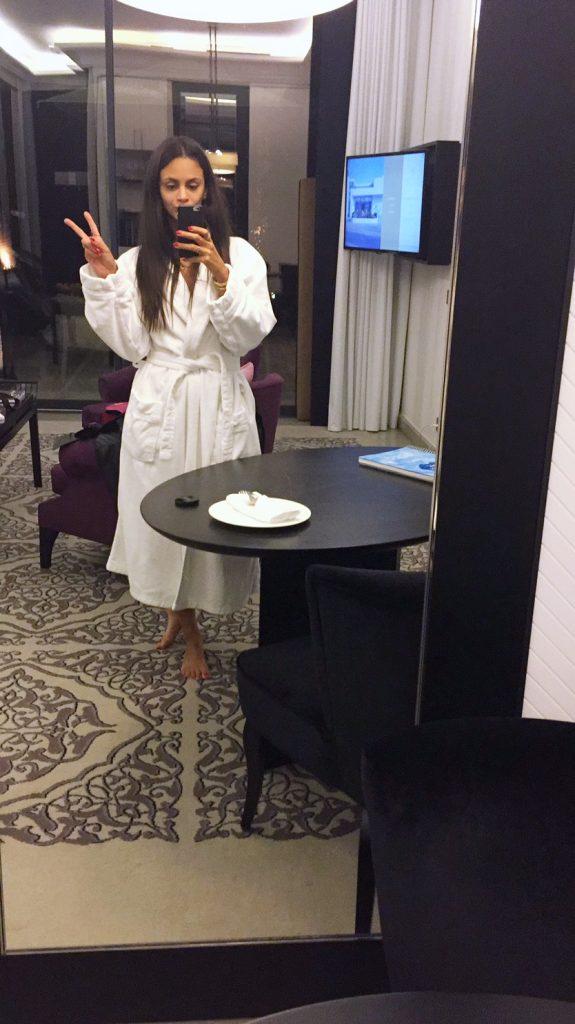 villa-difaya-rabat-morcco-maroc-voayage-luxury-hotel-relais-chateau-hannah-selfie
