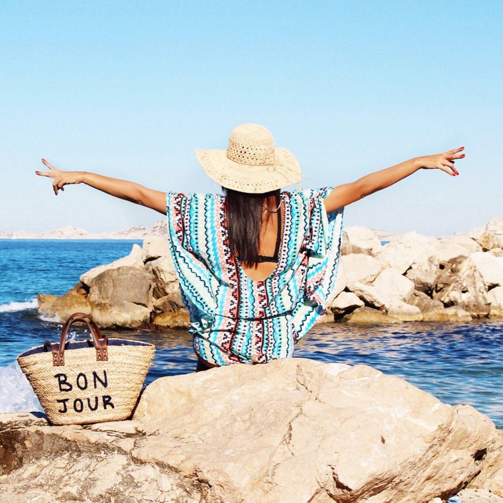 avec-hannah-pullman-palm-beach-marseille-voyage-destination-ete-15-1024x1024