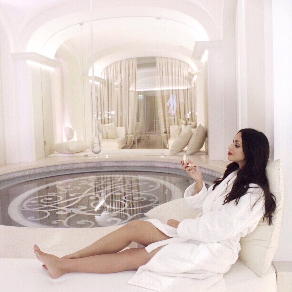 dior-institut-spa-plaza-athenee-paris-luxe-luxury-soin-prestige-make-up-christmas-16