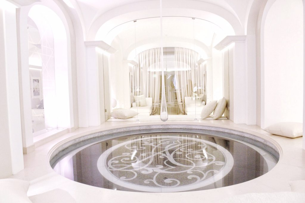 dior-institut-spa-plaza-athenee-paris-luxe-luxury-soin-prestige-make-up-christmas-6