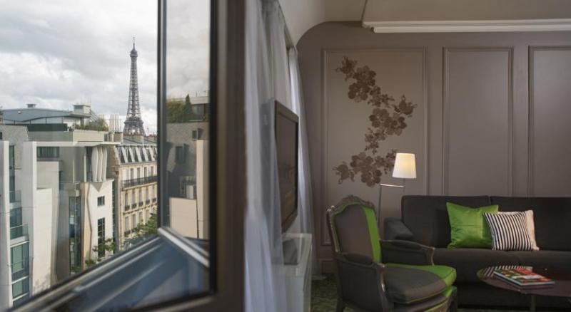 hotel-renaissance-paris-le-parc-trocadero-1