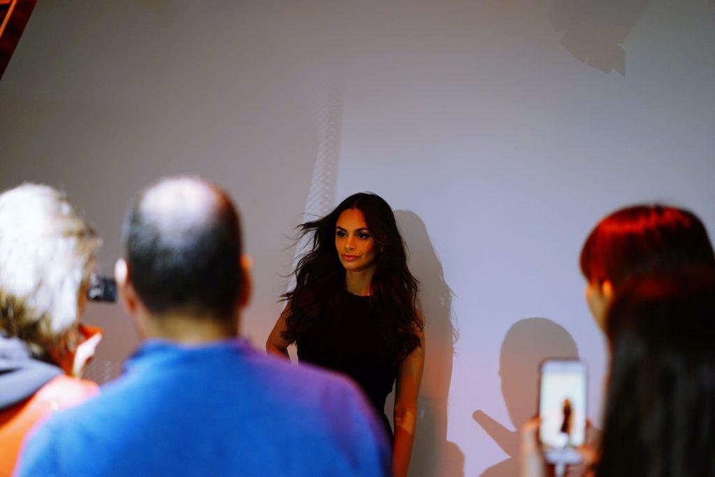avec-hannah-romao-mac-backstage-haute-couture-fashion-week-paris-elie-saab-jean-paul-gauthier-coco-rocha-16