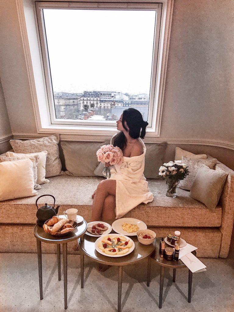 premium-lierac-10-ans-bloggers-meeting-narciesse-blanc-paris-petit-dejeuner