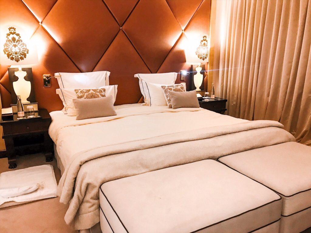 barriere-fouquets-hotel-paris-luxe-hannah-romao-chambre